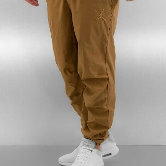 478ec9cdc2a053 New~ Jordan Chino Joggers